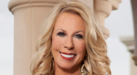 Networking Star Esther Spina on Making the Jump from Corporate to Home-Based Business