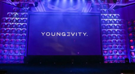 """Youngevity International Celebrates Twentieth Year Anniversary at """"Lead The Change"""" Convention in Dallas, Texas"""