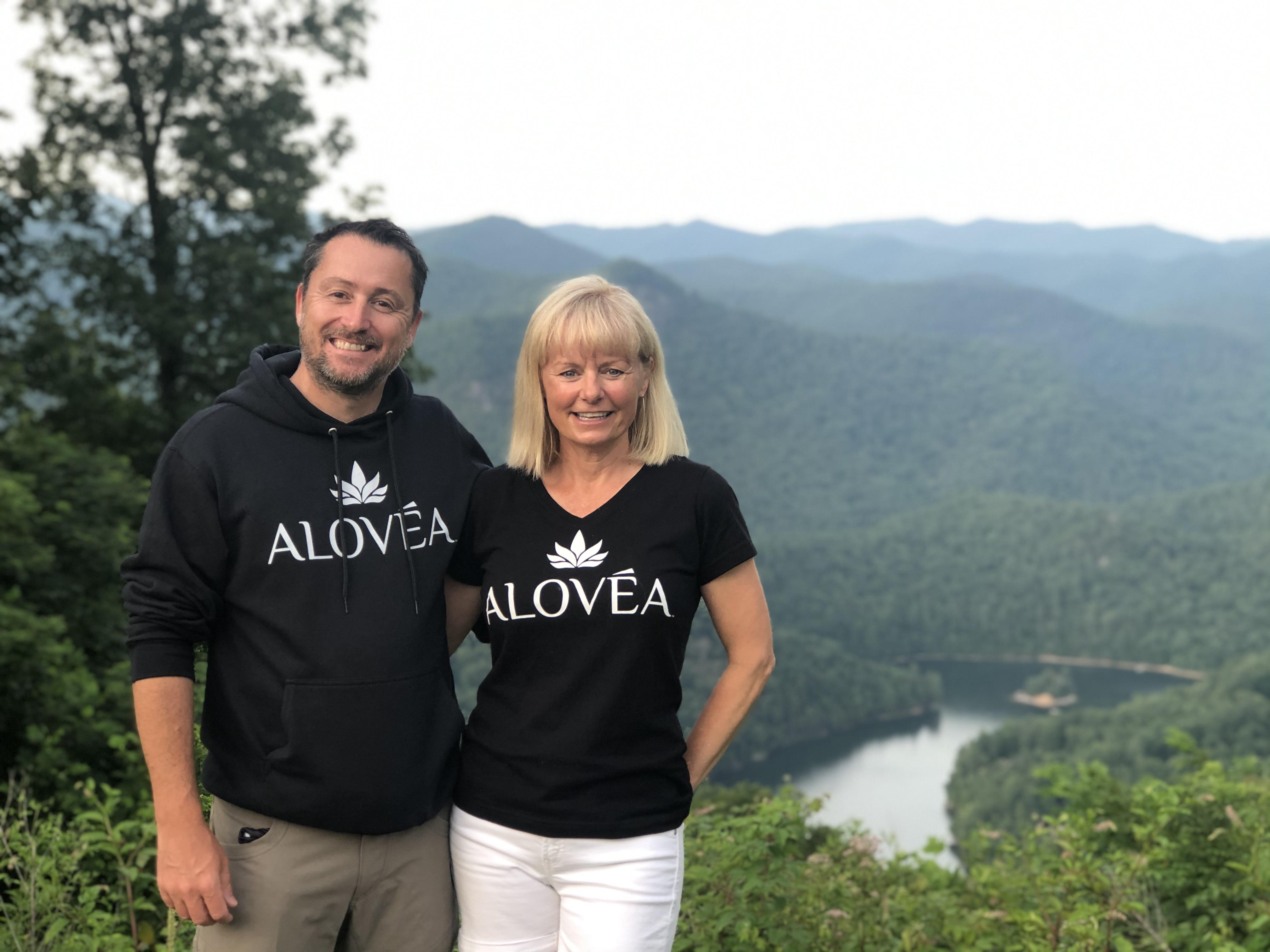 Power Couple Craig and Anne Smith on the Revolutionary Social Business called Alovéa